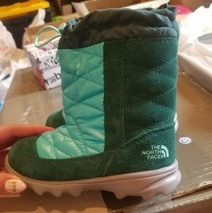 The North Face Toddler Winter Camp Boots (Size: 7)